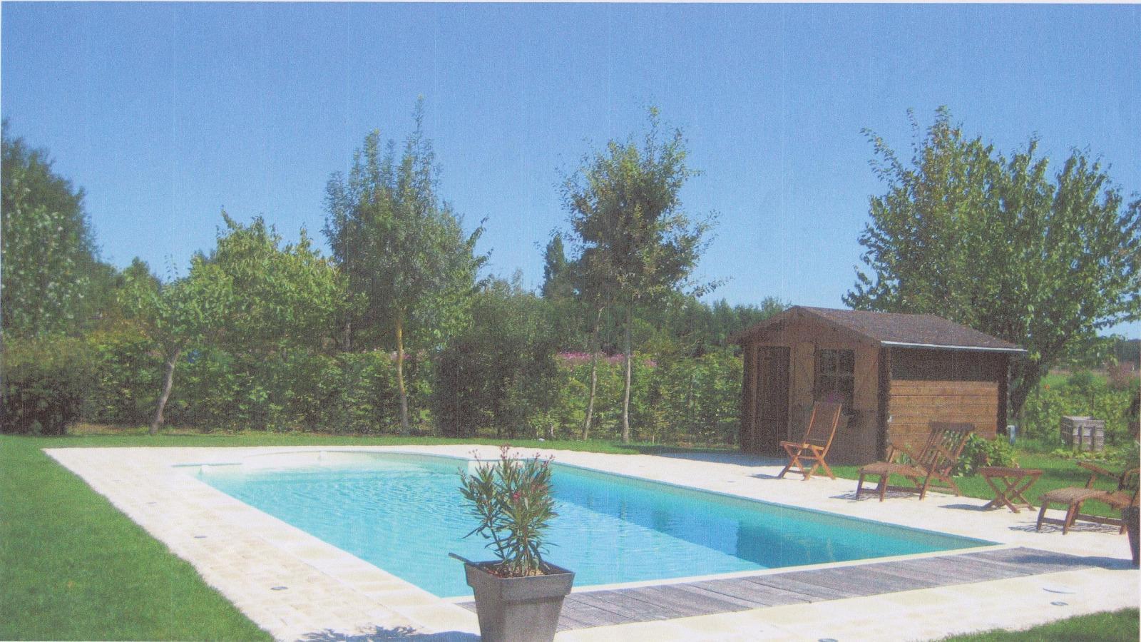 Paysagiste Indre Et Loire construction, entretien de piscines et spas à loches, indre